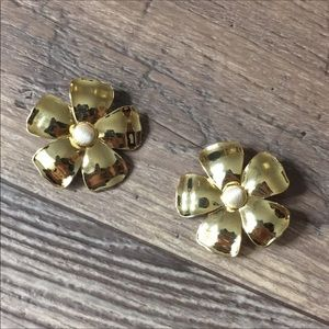 NWOT Anthro BaubleBar Gold Floral Earrings